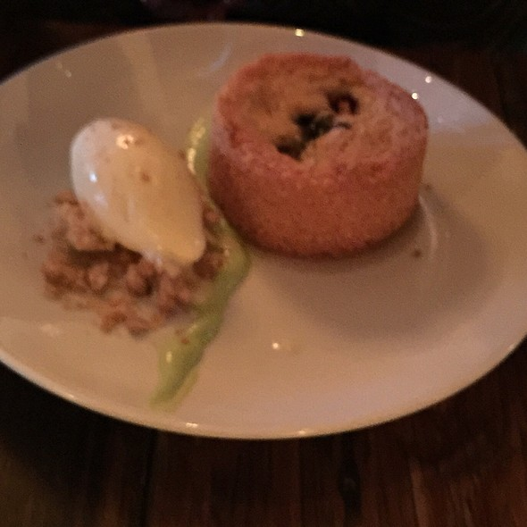 Grit Pie With Blueberries And Basil Ice Cream @ The Macintosh