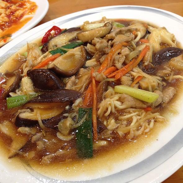 炒香菇 @ 上賓飯店