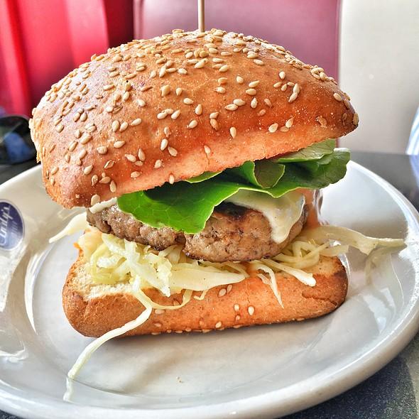 Cheeseburger @ Cindy's Diner Herrlisberg Nord