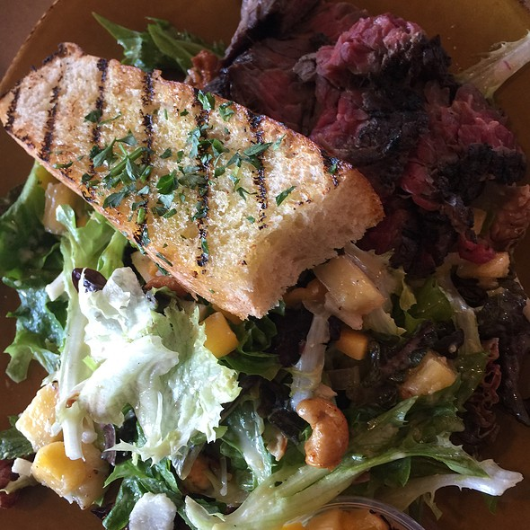 Steak Salad @ Urban Plates