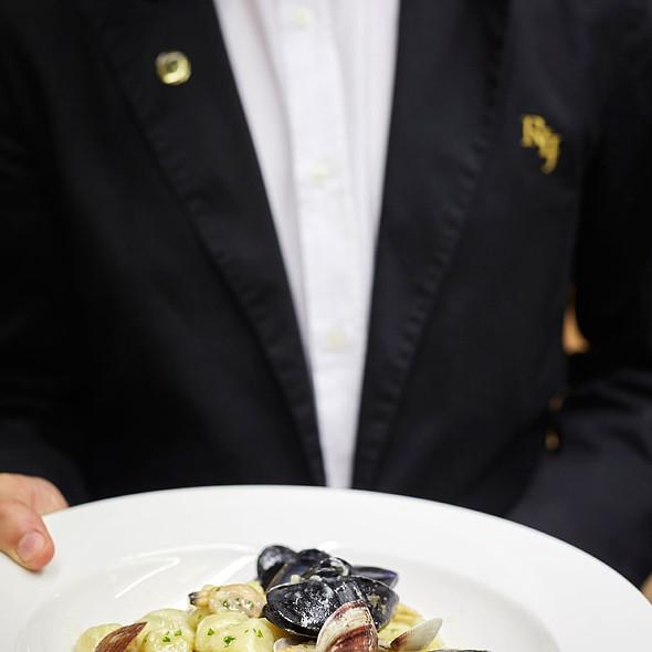 Gnocchi with seafood @ Relais Le Jardin