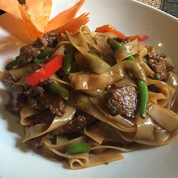 Special Thai Beef Noodles With Chilli And Thai Basil