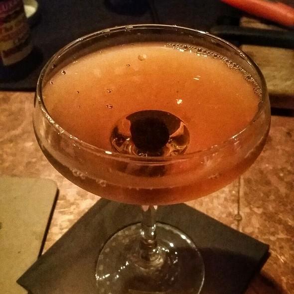 Manhattan Cocktail @ Brix