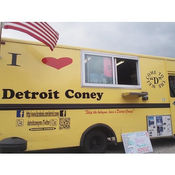 Truck @ Detroit Coney
