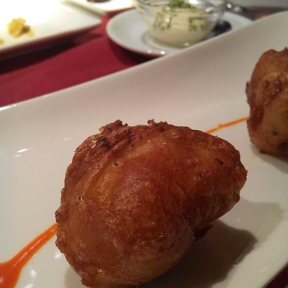 Codfish Fritters @ Cañadio