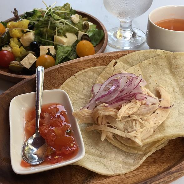 Chicken Tacos Set @ Craft Beer Market Otemachi