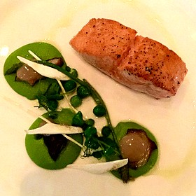 Salmon And Peas