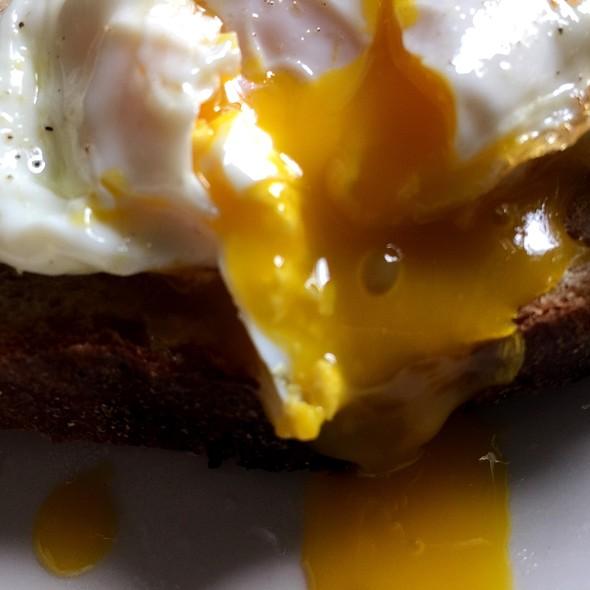 Eggporn @ The Experimental Kitchen