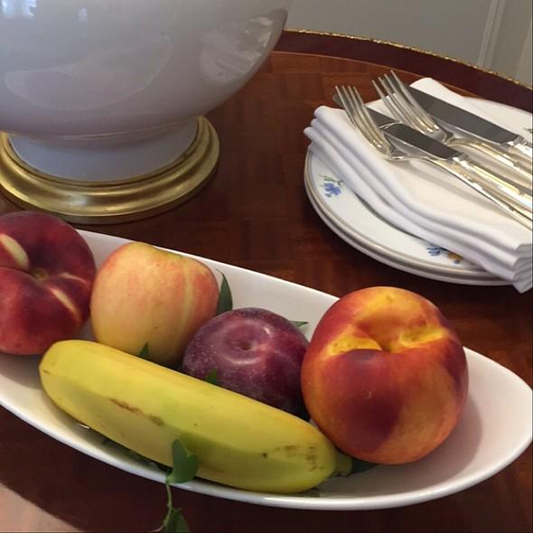 Fruit @ The St. Regis New York