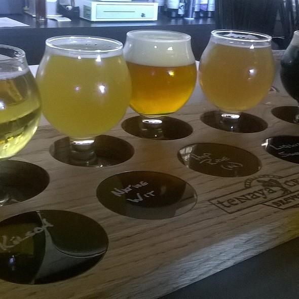 Hefeweizen @ Tenaya Creek & Brewery