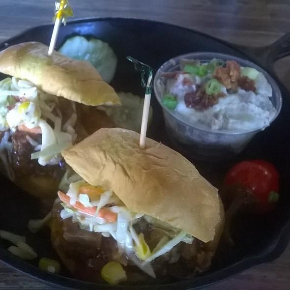 BBQ Sliders @ Rick's Rollin Smoke BBQ & Tavern