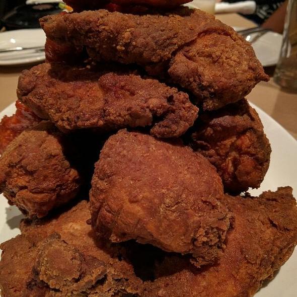 Fried Chicken @ Momofuku Noodle Bar