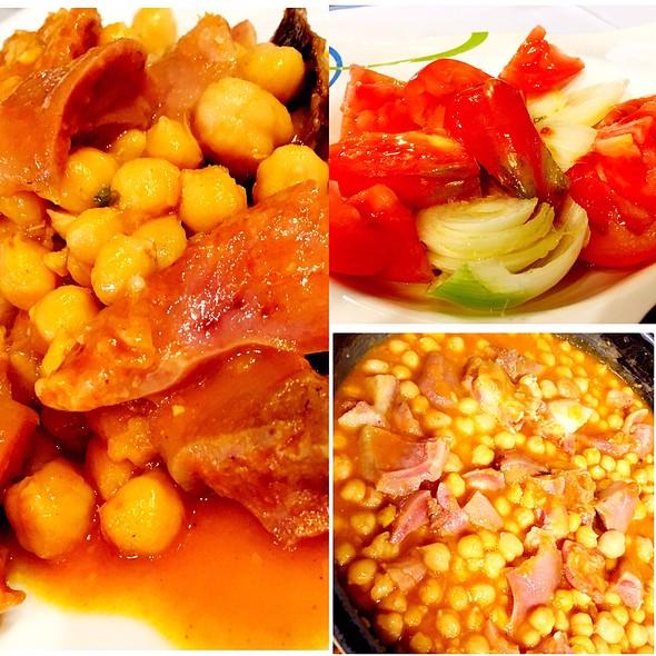 Restaurant Can Benet #Andorra #Andorralovers #Txuleton #Txoguitxu  #Pasodoble  #Tomatespasodoble Tonyina Del Delta De L'ebre I Tomàquets Pasodoble.Org .  #Canbenet #Canbenetrestaurant #Andorra @ RESTAURANT CAN BENET