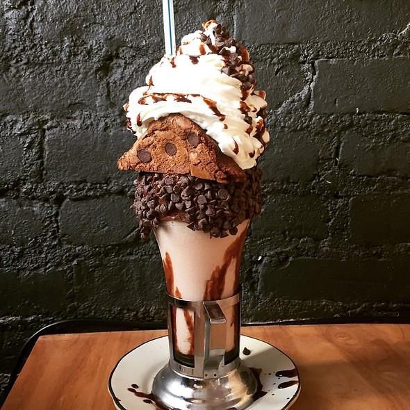 Brooklyn Blackout Milkshake @ Black Tap Craft Burgers