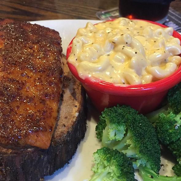 Cedar Plank Salmon @ L.I.  Pour House