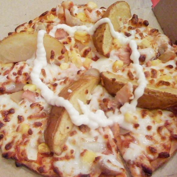 Potato Pizza @ Domino's Pizza