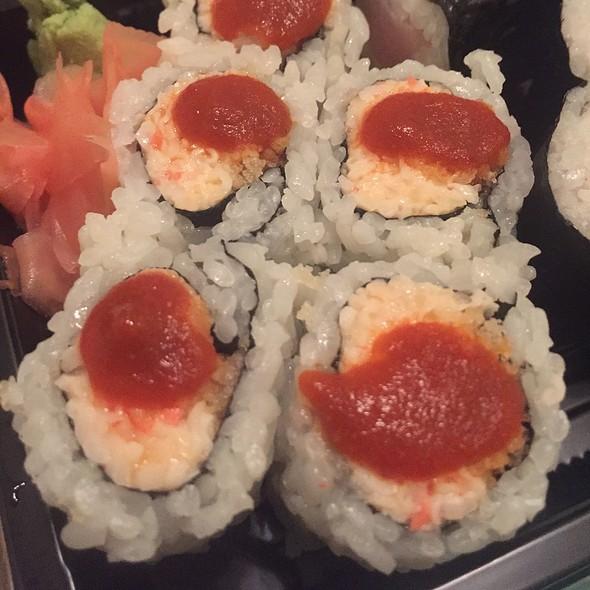 Spicy Crunchy Roll @ Geisha Sushi Bistro