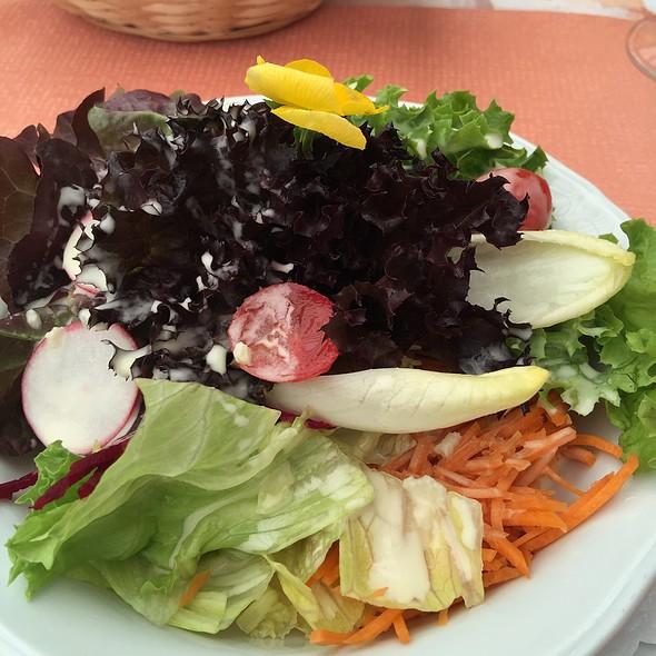 Seasonal Salad @ Restaurant Baschi, Blitzingen