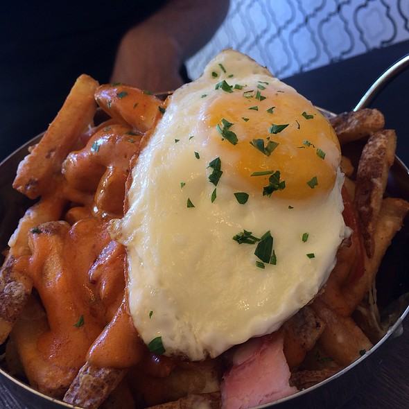Benedict Fries @ Nighthawk Breakfast Bar