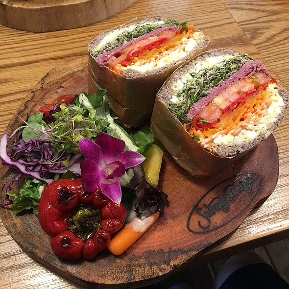Pastrami Sandwich @ Sunny Days