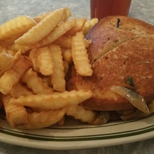 Classic Patty Melt at The Route 58 Delicatessen