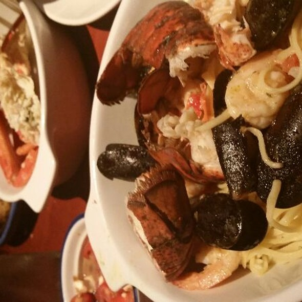 Seafood Linguini @ Red Lobster