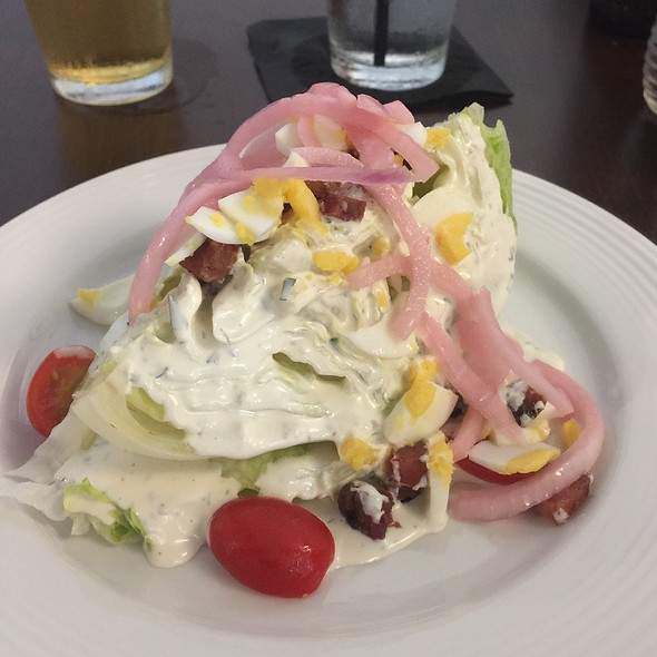 Wedge Salad @ Ease