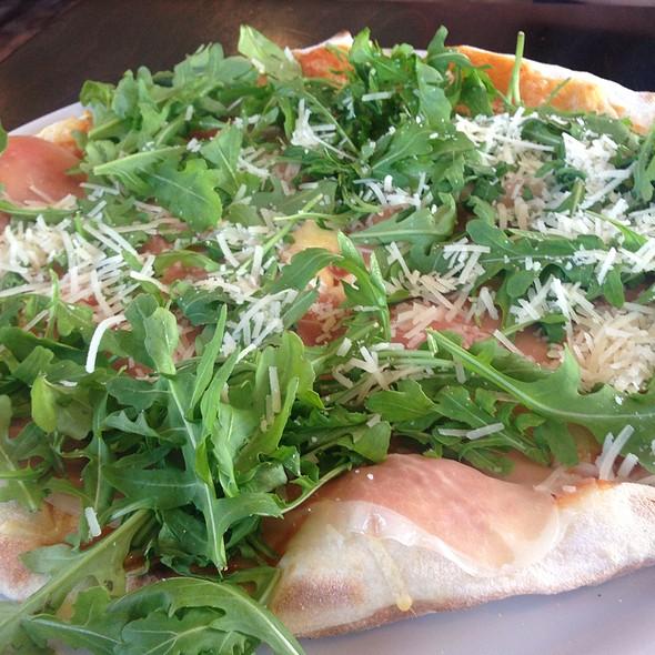 "Pizza Rucola @ Trattoria Pizzeria ""Tre Paesi"""