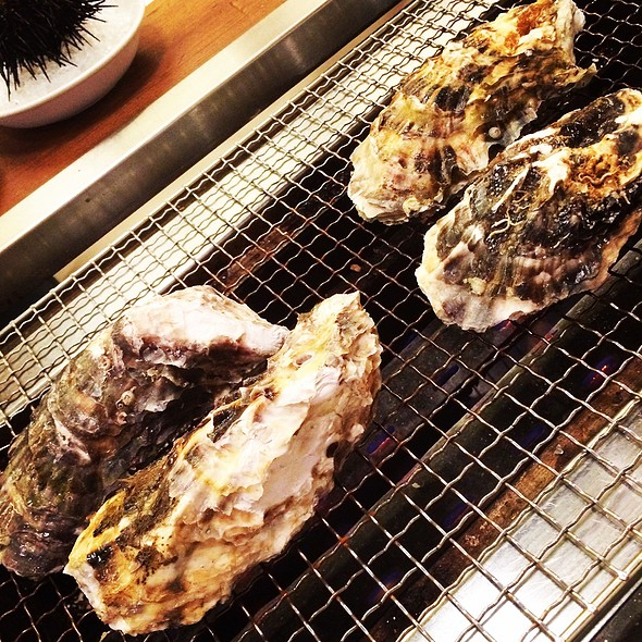 BBQ Oysters @ かき小屋
