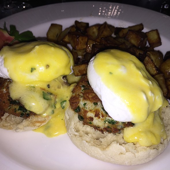 crab cakes eggs benedict - Explorers - Royal Sonesta Harbor Court Baltimore, Baltimore, MD