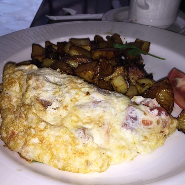 Omlette - Explorers - Royal Sonesta Harbor Court Baltimore, Baltimore, MD