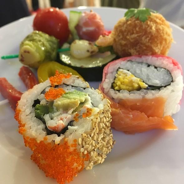 Sushi Plater @ Akasaka Biz Tower