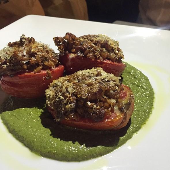 Pomodori Con Farro Alla Parmigiana, Pesto Di Catalogna