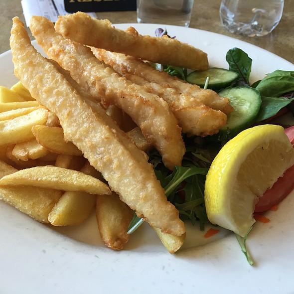 Fish & Chips @ Surveyor General Inn