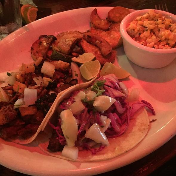 Two Taco Plate @ Araña Taqueria Y Cantina