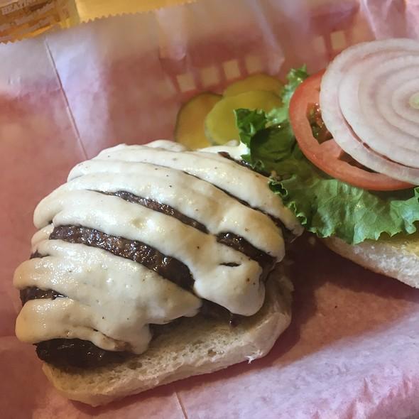 Horseradish Burger @ Fred's Parkview