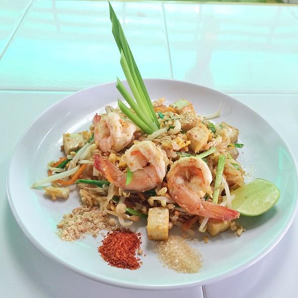 Pad Thai @ Thai orchid cookery school