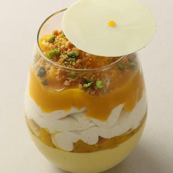 Mango Mousse @ Woodside Restaurant @ Parkyard Hotel Shanghai