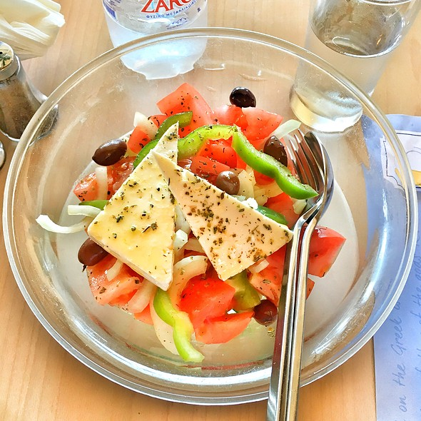 Greek Salad @ Piato
