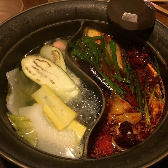 Hot Pot For Shabu Shabu @ しゃぶしゃぶ温野菜 中目黒店