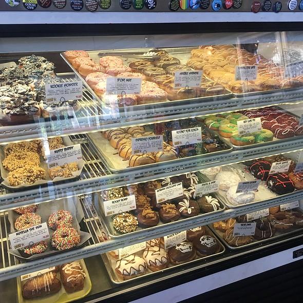 Gourmet Doughnuts @ Psycho Donuts