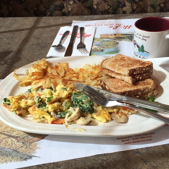California Scramble @ HI-Lo Cafe