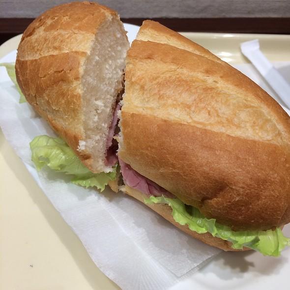 Milano Sandwich: Corned Beef & Sauerkraut @ ドトールコーヒーショップ 渋谷宮益坂上店