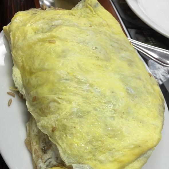 Pork Adobo Fried Rice Omelette