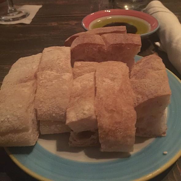 Bread - Nine One Five, Key West, FL