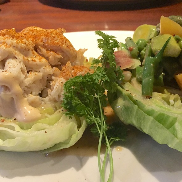 Crab Wedge Salad