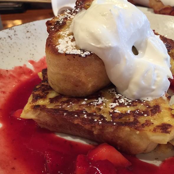 Strawberry French Toast @ Lazy Dog Cafe