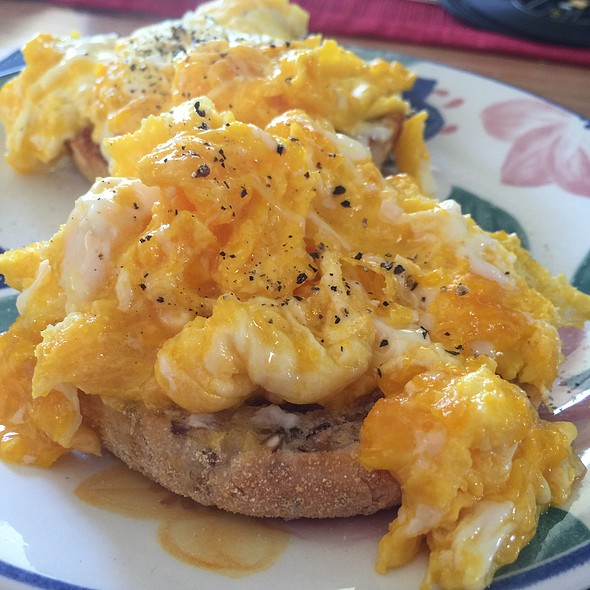 Scrambled Eggs On English Muffin @ Chookys