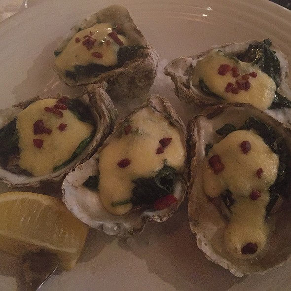 Oysters Rockefeller @ Elanie's On Franklin