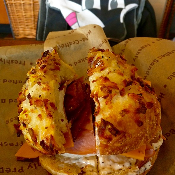 Farmhouse Egg Sandwich